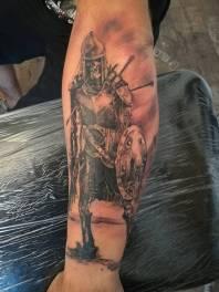 Oşteanul, tatuaj finalizat